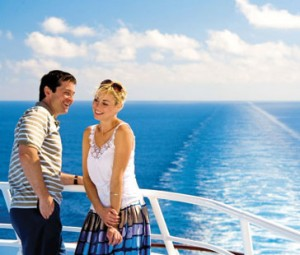 couple on cruise-trip
